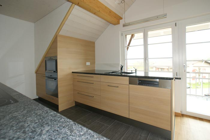 k che moderne k che dachschr ge moderne k che moderne k che dachschr ge k ches. Black Bedroom Furniture Sets. Home Design Ideas